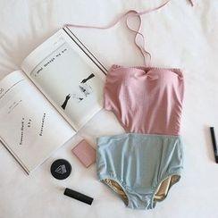 Moonrise Swimwear - 拼接鏤空掛脖泳裝