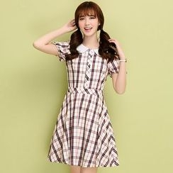 Meadowy - Peter Pan Collar Check Short-Sleeve Dress