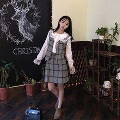 氣質淑女 - 套裝: 蕾絲邊襯衫 + 格子馬甲 + A字裙