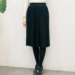 West Coast - Accordion Pleat Knit Skirt