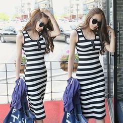 REDOPIN - Sleeveless Stripe Midi Dress