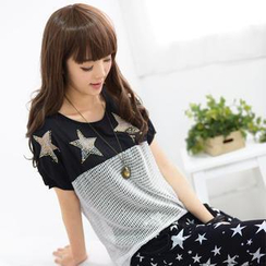 59 Seconds - Short-Sleeved Star Detail Mesh Top