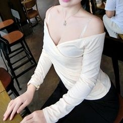 Silkfold - Long-Sleeve V-Neck T-Shirt