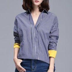Sentubila - Striped V-Neck Loose Fit Shirt