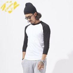 YIDESIMPLE - 3/4-Sleeved Raglan T-Shirt