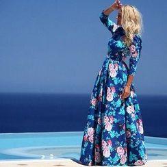 HOTCAKE - 3/4-Sleeve Floral A-Line Maxi Dress