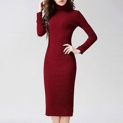 Isadora - Turtleneck Ribbed Long-Sleeve Midi Dress
