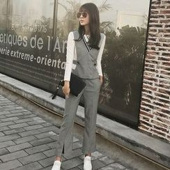 Rosesong - Set: Long-Sleeve T-Shirt + Houndstooth Vest + Pants