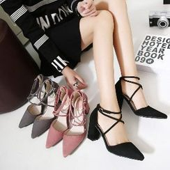 Mancienne - Cross-Strap Pointy High Heel Sandals