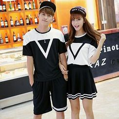 belle epoque - Couple Matching Two-Tone Short-Sleeve T-Shirt / Shorts / A-Line Skirt
