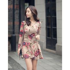 GUMZZI - Floral Print Wrap Dress