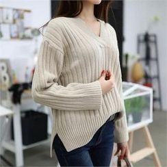 CHICFOX - V-Neck Drop-Shoulder Knit Top