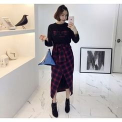 Miamasvin - Set: Lettering Long T-Shirt Dress + Plaid Long Skirt