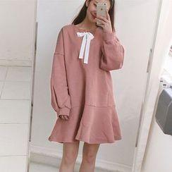 Dute - Tie Front Long Sleeve Dress
