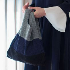 chuu - Glitter Color-Block Knit Shopper Bag