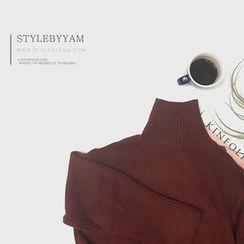 STYLEBYYAM - Turtle-Neck Dip-Back Knit Top