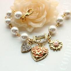 Fit-to-Kill - Pearl with Heart 'D'embeded crystal Bracelet