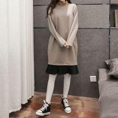 Carabecca - Pleated Hem Mock Neck Pullover Dress