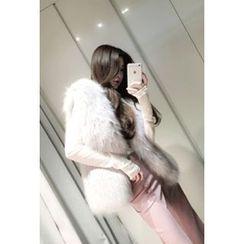 ATTYSTORY - Faux-Fur Vest