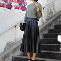 Sugar Town - Pleated Faux Leather Midi Skirt