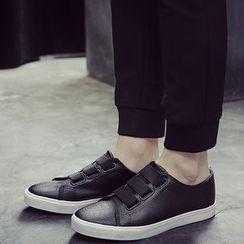 HOKK - 仿皮休閒鞋