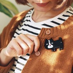 Cute Essentials - Embroidered Brooch