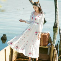 Sens Collection - Floral Embroidered Long Sleeve Midi Dress