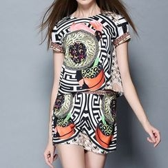 Merald - Set: Short-Sleeve Print Top + Shorts