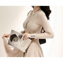 Marlangrouge - V-Neck Knit A-Line Dress