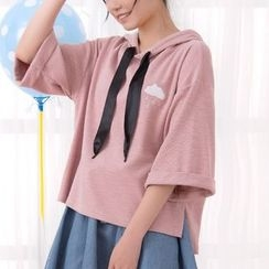 Fairyland - Cloud Embroidered Elbow Sleeve Hoodie