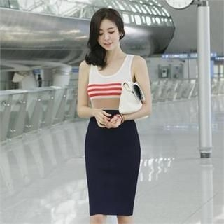 ode' - Sleeveless Color-Block Sheath Dress