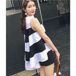 HazyDazy - Striped Sleeveless Flared Top