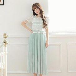 MisSweet - Set: Crochet-Trim Mesh Top + Pleated Maxi Dress