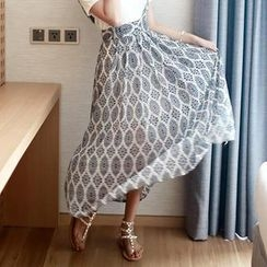 WHITE FOX - Pleated Patterned Jumper Skirt