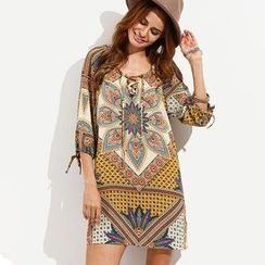 Hotprint - 3/4-Sleeve Patterned Dress