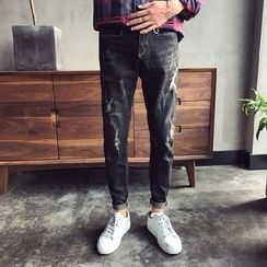 JUN.LEE - Distressed Washed Tapered Jeans
