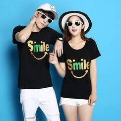 Panna Cotta - Couple Matching Smiley Face Print Short-Sleeve T-Shirt