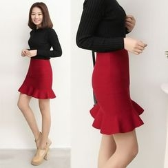 CHERJOE - Knitted Ruffle Hem Mini Skirt