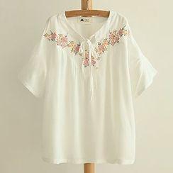 白金天使 - 短袖刺繡上衣