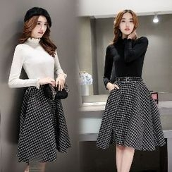 Romantica - Set: Mock-Neck Knit Top + Check A-Line Skirt