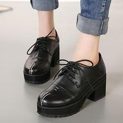 Mancienne - Chunky Heel Oxford Shoes