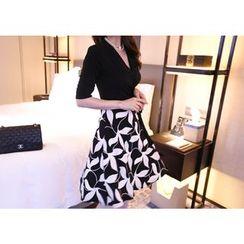 Marlangrouge - Mock Two-Piece A-Line Surplice-Wrap Dress