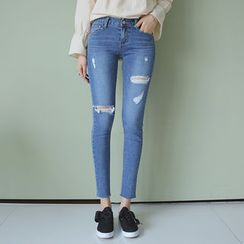 Envy Look - Distressed Skinny Jeans