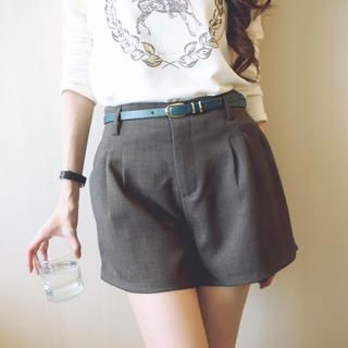 Tokyo Fashion - Pleated Shorts with Belt