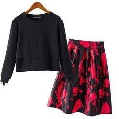 JVL - Set: Fringed Cropped Pullover + Printed Midi Skirt