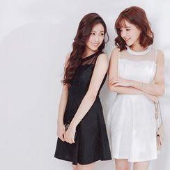 Tokyo Fashion - Mesh Panel Lace Sleeveless Dress