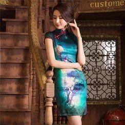 Miss Four Qipao - 盖袖印花丝旗袍