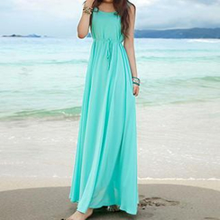 Quintess - Sleeveless Maxi Dress