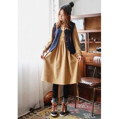 GOROKE - Peterpan-Collar High-Waist Corduroy Shirtdress