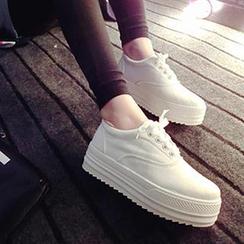 Zandy Shoes - Platform Lace-Up Sneakers